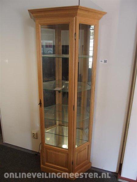 Vitrinekast, model Breda, voorzien van 4x glazen legplank en ...