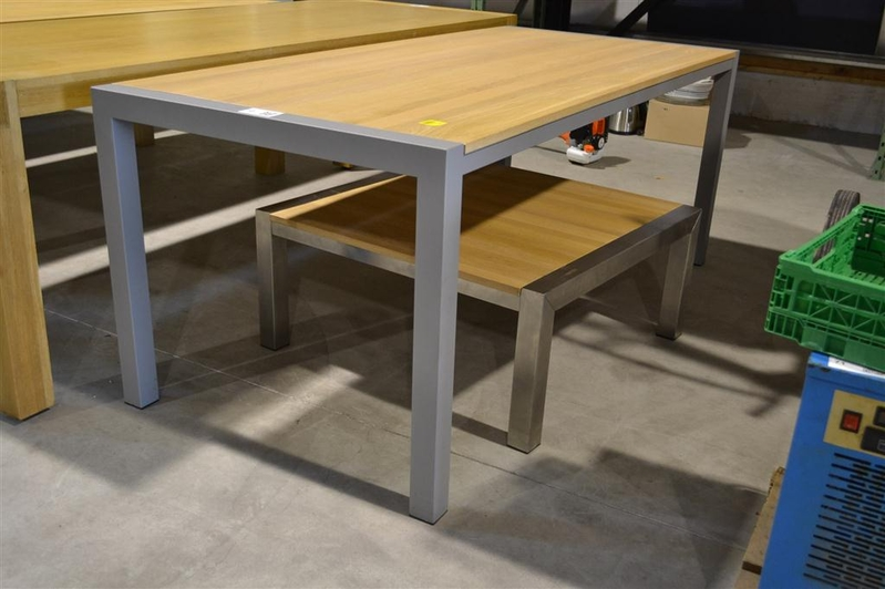 Mogelijkheid collectie tafel lloyd studio perspective